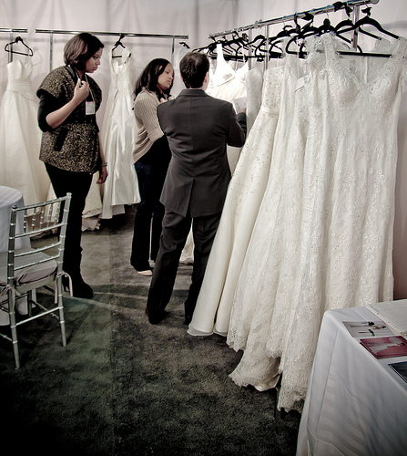 NY_International_Bridal_week_2011-10